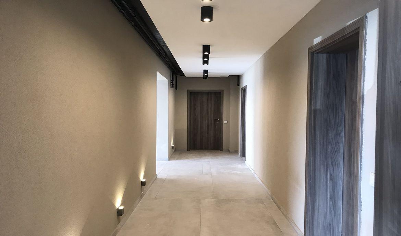 Apartament de vanzare cu 3 camere Bloc nou Tractorul