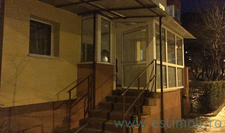 Apartament 2 camere parter de vanzare Racadau