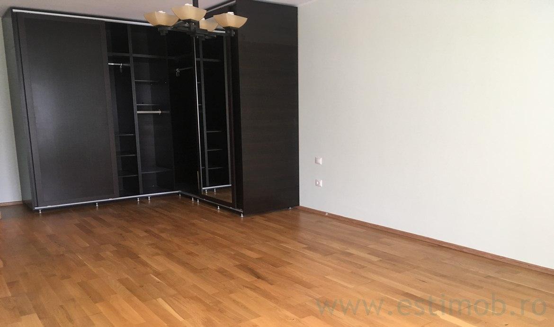 Inchiriere Apartament 4 Camere decomandat Avantgarden 1
