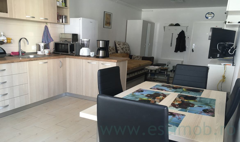 Vanzare Apartament 2 Camere semidecomandat Avantgarden