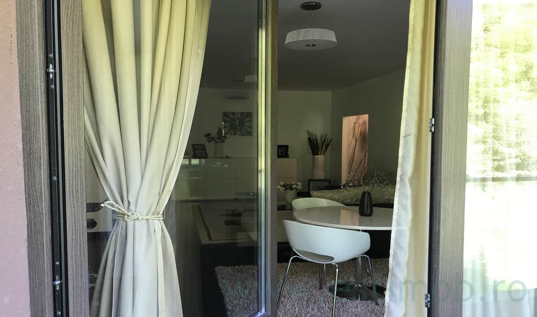 Apartament de vanzare Tampa Gardens Mobilat si Utilat