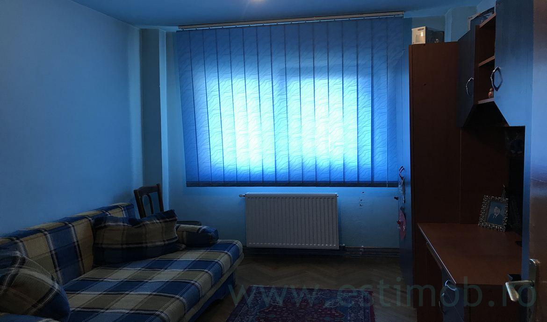 Apartament 3 camere decomandat de vanzare Harmanului