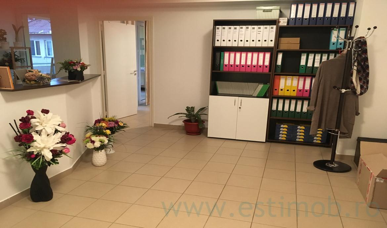 Apartament 3 camere bloc nou zona Centrala