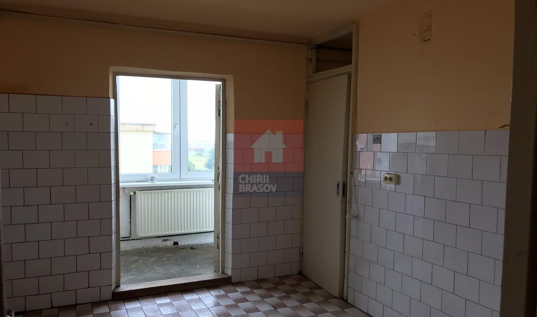 Apartament 2 camere decomandat de vanzare Brasov Triaj