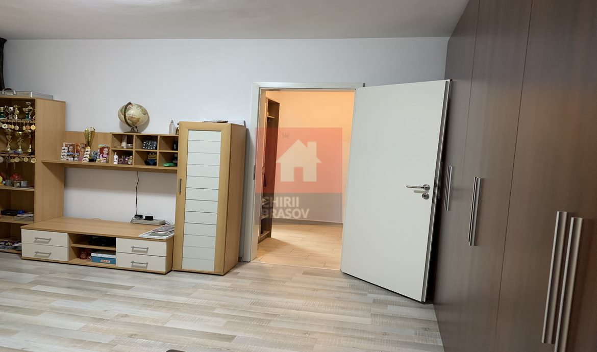 Apartament 2 camere mobilat si utilat zona Astra