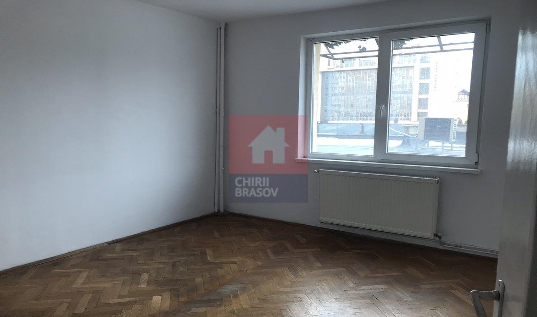 Vanzare apartament 3 camere Calea Bucuresti Brasov