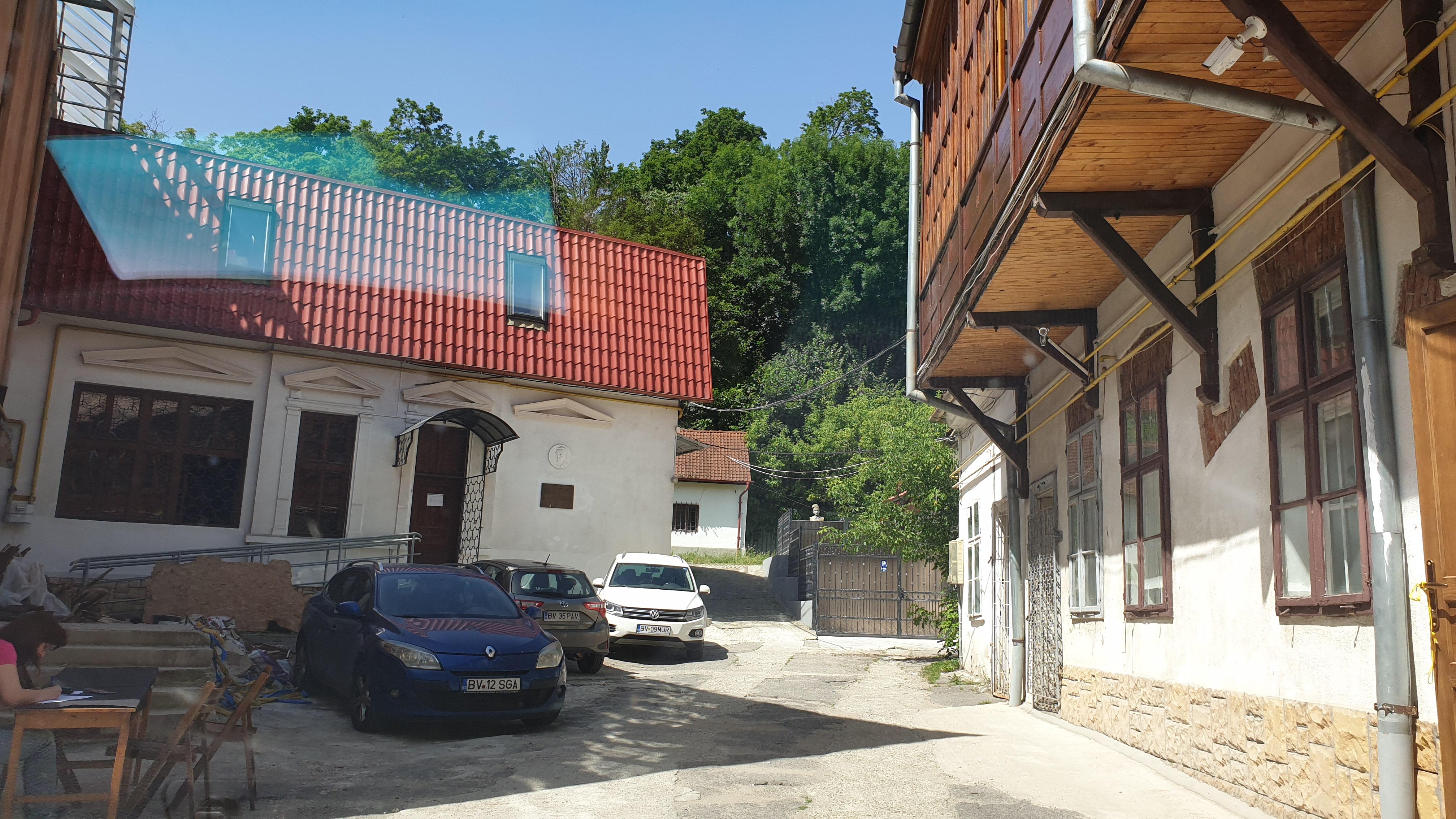 Corp de casa de inchiriat Casa Armatei Brasov