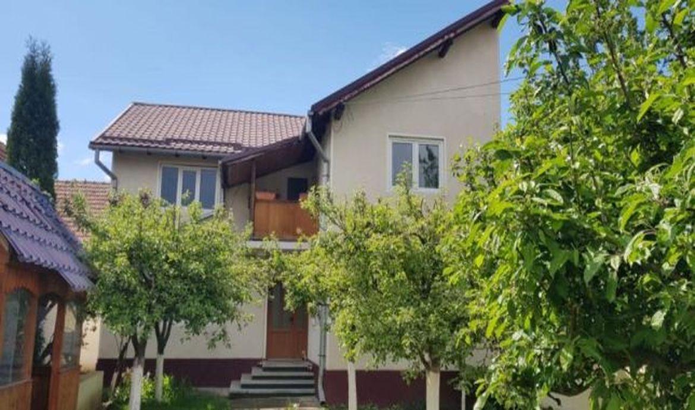 Casa de vanzare Bod centru zona Scolii