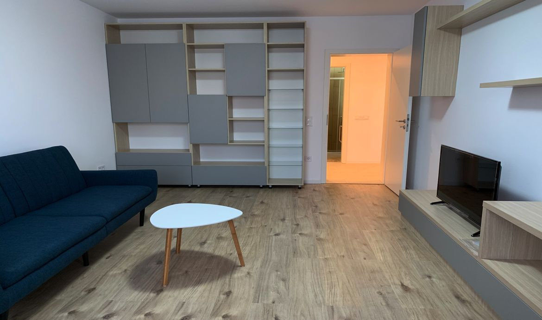 Apartament bloc nou Tractorul zona Coresi