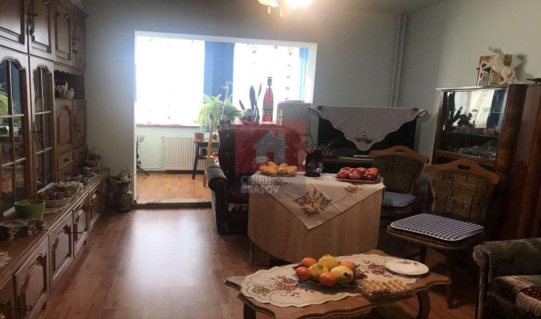 Apartament 2 camere de vanzare zona Tractorul Brasov