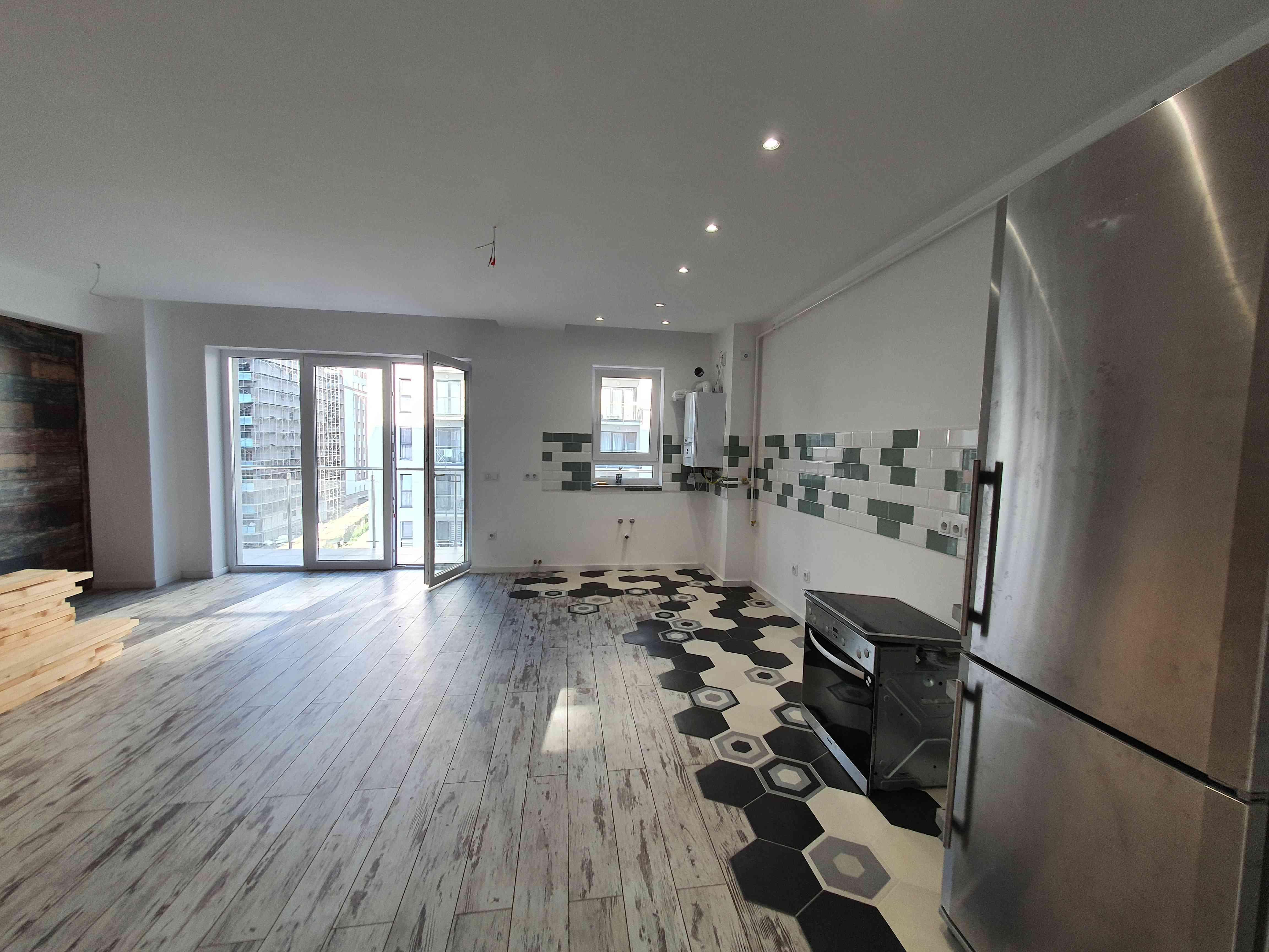 Vanzare Apartament 3 Camere  Maurer zona Coresi