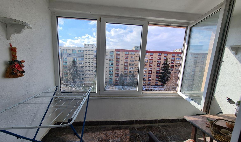 Apartament de vanzare Brasov cu 3 camere Zona Centrul Civic - Bulevardul Victoriei